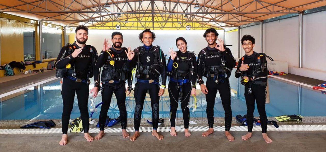 PADI Courses at MolaMola Diving Center - Image 3